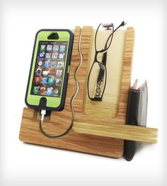 What a cool docking station, love the spot for glasses!