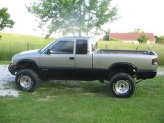 1998 Chevrolet S-10 ZR2 $3,200 or best offer - 100189683 | Custom Lifted Truck Classifieds | Lifted Truck Sales