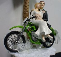 10 best wedding cakes,cupcakes and cake toppers images on Pinterest ...