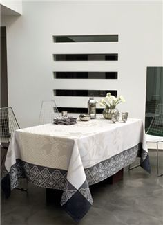 LE JACQUARD FRANÇAIS, créateur et fabricant de Linge pour la Table, la Cuisine et le Bain - La Table
