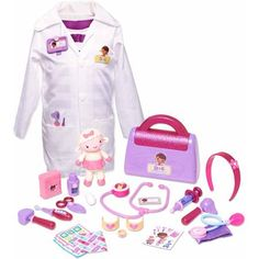 The Doc Is In Deluxe Doctor Set has everything your little one needs to care for stuffed animals and toys just like Doc McStuffins! Baby Girl Toys, Baby Dolls, Toddler Toys, Kids Toys, Doc Mcstuffins Toys, Doc Mcstuffins Costume, Bebidas Do Starbucks, Jojo Siwa Birthday, 2nd Birthday
