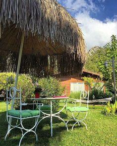 Şu bahçede hayalleriniz gerçek olsun inşallah  Burası Çıralı'da en çok sevdiğimiz otellerden biri olan Villa Lukka.   www.kucukoteller.com.tr/cirali-otelleri.html -  @villalukka  #Cirali, #Antalya ☎️ +90-242-8257376  13 Lüks Bungalov  Ort Fiyat: 350-500₺  Evcil Hayvan kabul ediliyor ❤️Konsept: #Balayi - #EkoTatil - #Yoga #DağEvi *  @emelak #çıralı