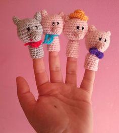 Finger Crochet, Crochet Pig, Crochet Food, Crochet Animals, Crochet Crafts, Crochet Dolls, Amigurumi Patterns, Amigurumi Doll, Crochet Patterns