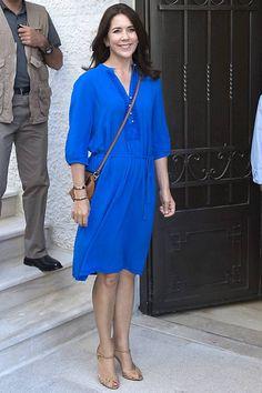25 FLOTTE BILLEDER: Kronprinsesse Mary elegant i blåt   BILLED-BLADET