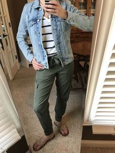 Spring 2018 outfit / / soft olive green pants / / blue and white striped shirt / / distressed denim jacket / / sandals / / Soft Pants Outfit, Army Pants Outfit, Olive Green Pants Outfit, Jogger Pants Outfit, Blue Dress Pants, Outfit Ideas, Blue Striped Shirt Outfit, Green Shirt Outfits, Stripes