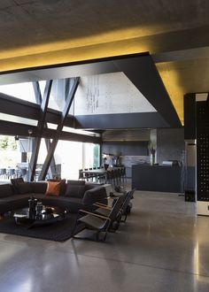 Amazing modern interior in Kloof Road House