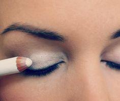 Полезная шпаргалка по мейкапу: макияж на пятёрку за 3 минуты – БУДЬ В ТЕМЕ