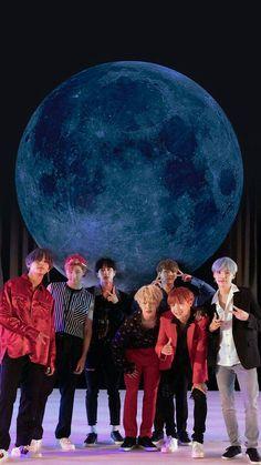 Jimin could sing that song for me now, from Thiaguinho . - Jimin could sing that song for me now, from Thiaguinho … & # You see that moon … & # ; Bts Jin, Bts Taehyung, Bts Bangtan Boy, Bts Jungkook, Namjoon, Seokjin, Foto Bts, K Pop, Bts Memes