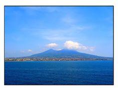Il Vulcano nel suo splendore  #pompeii #vesuvius #vesuvio #faunopompei #travel #italy #napoli #volcano #ruins #mountvesuvius #pompei #mountain #excursions #travel #italy #faunopompei #naples