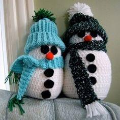 List of free snowman crochet patterns. Make a crochet snowman handmade christmas gift or ornament. Choose from a crochet snowman hat, crochet...