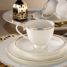 Kütahya Porselen Bone China 84 Parça 25134 Desenli Yemek Takımı