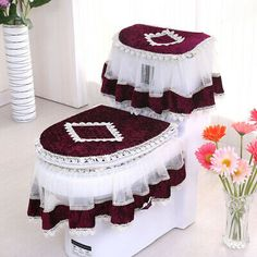 Toilet seat mat size& outer length 45 cm,width Features& to U type toilet, zipper design, easy to remove, in the winter brings warmth and comfort to you and your family. Toilet Tank Cover, Toilet Mat, Bathroom Crafts, Wc Sitz, Cushion Ring, Bathroom Toilets, Seat Pads, Shabby Chic Decor, Decoration