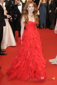 Isla Fisher, Cannes 2013 red and ruffles are perfect together