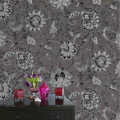 Vymura Vintique Trail Glitter Wallpaper Silver & Black - http://godecorating.co.uk/vymura-vintique-trail-glitter-wallpaper-silver-black-2/