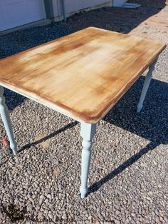Two Toned Table - The Wood Grain Cottage