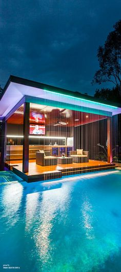 Outdoor Kitchen with Amazing Water Feature. Design by Darren James.