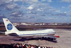 Pan American Boeing 747-100 pushing back from Sydney's International Terminal, 25 October, 1970.