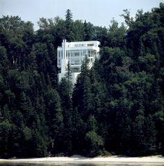 Douglas House, Harbor Springs, Michigan, by Richard Meier & Partners Architects