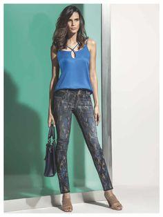 Maria Valentina, Harem Pants, Fashion, Moda, Harem Trousers, Fashion Styles, Harlem Pants, Fashion Illustrations