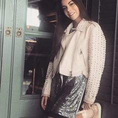 La Diversión de Martina (@la_diversion_de_martina) | Instagram photos and videos Leather Jacket, Instagram, Videos, Cute, Fashion, Famous Youtubers, Bff Drawings, Youtubers, Girls