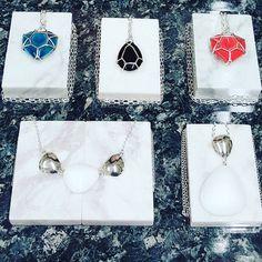 Korut esillä Heinolassa! Jos ei sinne asti pääse ostoksille niin käy vierailemassa meidän nettikaupassa www.creailoa.com  #finnishdesign #jewellery #korut #lifestyle