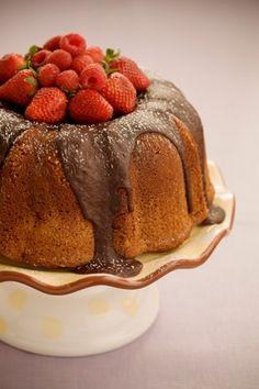 The Bag Lady's Favorite Chocolate Pound Cake Recipe — Pauladeen.com