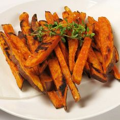 Oh yeah sweet potato fries! Easy to make - just cut it up, coat in some coconut oil , little bit of salt and pepper, and bake at about 200C (390F)!  #thinkleanmethod #tlm #photooftheday #food #instafit #fitfam #fitspo #healthyliving #healthyeating #cleaneating #motivation #fitness #fit #gym #workout #training #exercise #balance #healthy