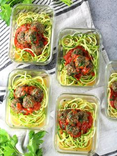 Healthy Meal Prep Baked Turkey Meatballs - an amazing addition to your healthy eating plan! They're loaded with lean protein and lots of delicious flavor! Keto Meal Plan, Healthy Meal Prep, Diet Meal Plans, Healthy Eating, Diet Recipes, Healthy Recipes, Diet Tips, Baked Turkey, Chicken Meal Prep