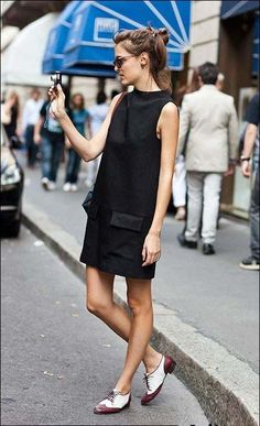Платье-трапеция в стиле 60-х