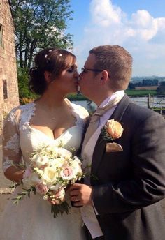 A beautiful wedding at the Ashes