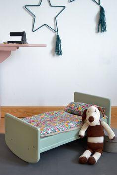 Wooden toy crib #woodentoy #woodencrib #macarenabilbao