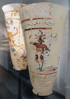 Roman glass painted beaker, 1st century A.D. Afghanistan, Begram, gladiator. Musée Guimet, Paris