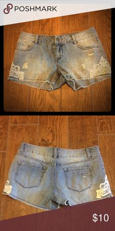 Jean Shorts 🚨SUPER SALE🚨 American Rag distressed Jean shorts with lace accents. 100% Cotton. Excellent condition. 🚨SALE PRICE FIRM🚨 American Rag Shorts Jean Shorts