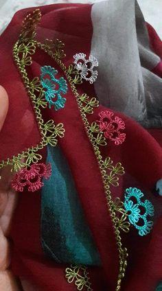 Knitted Poncho, Knitted Shawls, Filet Crochet, Knit Crochet, Knit Shoes, Moda Emo, Needle Lace, Sweater Design, Knitting Socks