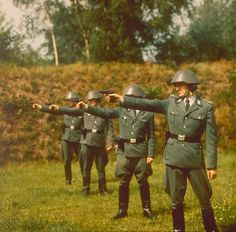 Ausbildung bei der DDR-Volkspolizei: Schießübung, 1984