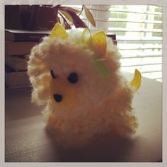 Pom Pom Puppy Pom Pom Puppies, Pom Pom Animals, Pom Pom Crafts, Crafty Craft, Crafting, How To Make Necklaces, Dog Art, Making Ideas, Crafts For Kids