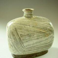이수종(@reesoojong) • Instagram 사진 및 동영상 Japanese Ceramics, Vases, Clay, Home Decor, Clays, Decoration Home, Room Decor, Pottery, Home Interior Design