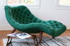 10 Best Gifts For Book Lovers: Get Lit This Holiday Season Hanging Hammock Chair, Luxury Chairs, Cool Chairs, Cool Sofas, Bedroom Chair, Home Living, Living Room Chairs, Sofa Design, Decoration