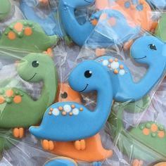 "Friendly dinosaurs for a 3 year old ... . . . #dinosaurcookies #anakatjanacookies Cutter : @ietsie_spesiaal"" • Oct 19, 2020 at 9:03am UT"