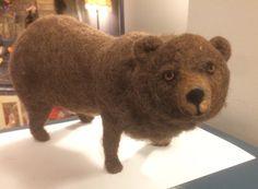 Needle Felted Bear. By Saira Jan, FibreCraft.ca. Fiber Art Jewelry, Jewelry Art, Wet And Dry, Needle Felting, Art Projects, Dinosaur Stuffed Animal, Bear, Toys, Animals