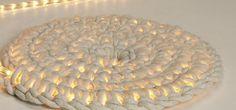 SpiralledChristmasLightsHeader | 15 Awesome Christmas Light Decorating Ideas