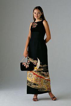 着物ドレスのローブドキモノ|オーダードレス Fashion Sewing, Kimono Fashion, Fashion Wear, Kimono Fabric, Kimono Dress, Dress Up, Modern Kimono, Kimono Design, Japanese Outfits