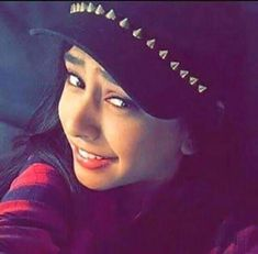 Amy Actress, Amazing Dp, Indian Drama, Niti Taylor, Indian Couture, Bollywood Celebrities, Cute Love, Indian Outfits, Mtv