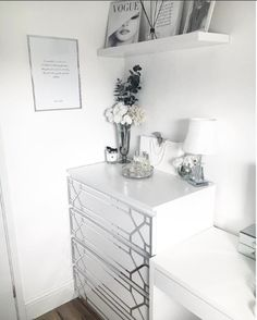 How to style the IKEA Malm dresser – Dresser Decor Black White And Grey Bedroom, White Rooms, Grey Bedroom Decor, White Bedroom, Bedroom Ideas, Malm Dressing Table, Malm Bed, Ikea Malm Dresser, Silver Room