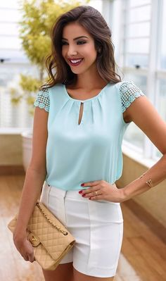 5 Color 2018 Women New Fashion Sexy Chiffon Sleeveless T-shirt Round Neck Tops Loose Blouse Casual Pure Color Ladies Tops Girls Cool Tank Top Plus Size Blouse Styles, Blouse Designs, Top Chic, Chic Outfits, Summer Outfits, Cooler Look, Inspiration Mode, Plus Size Blouses, Casual Looks