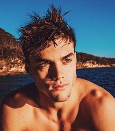 His eyes holy..