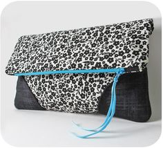 great foldover clutch pattern - plus tips