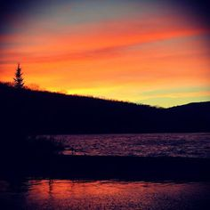 Merry Christmas Eve from the pond. #Wow This #weather has been something #special. Hope wherever you are, you are having a wonderful #holiday. #sunset #beauty #color #vtstateparks #getoutside