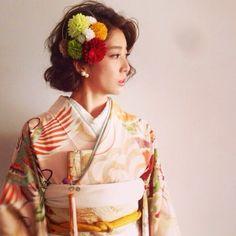 {F0EAB5EB-05F2-4B59-ADD0-F40902F46643:01} Graduation Hairstyles, Wedding Hairstyles, Japanese Wedding Kimono, Hairdo Wedding, Hair Arrange, Japanese Hairstyle, Japan Fashion, Kimono Fashion, Wedding Designs