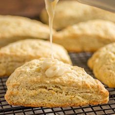 These perfectly tender fresh orange scones have such a bright citrus flavor and are topped off with a sweet + tangy orange glaze. Cake Recipes, Dessert Recipes, Desserts, Butter Pound Cake, Homemade Soft Pretzels, Homemade Food, Creamy Rice Pudding, Crescent Recipes, Orange Scones